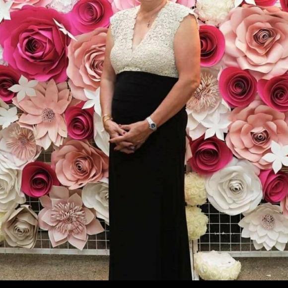 Xscape Dresses & Skirts - XSCAPE Long gown